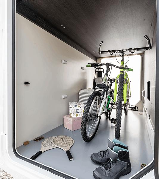amazing-garage-stravaig-motorhome-rental-company-scotland
