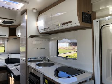 luxury-campervan-rental-holiday-staycation-edinburgh