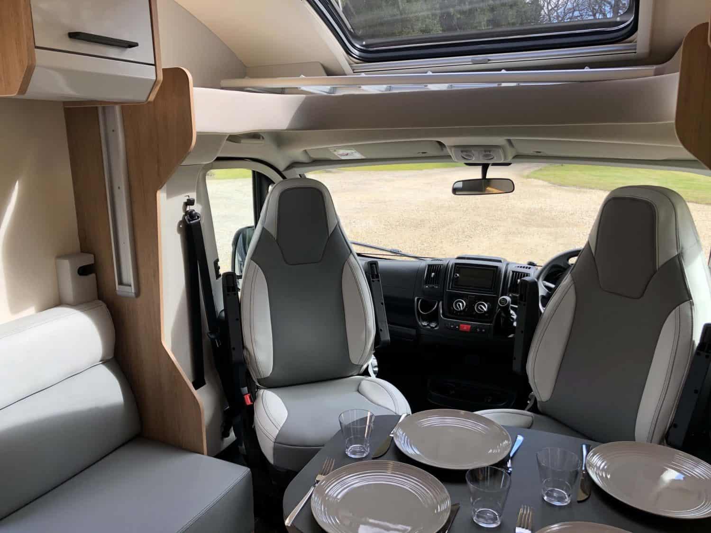 Campervan-rental-dining-comfort